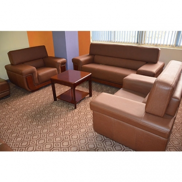 5 seater Leather sofa set in Brown